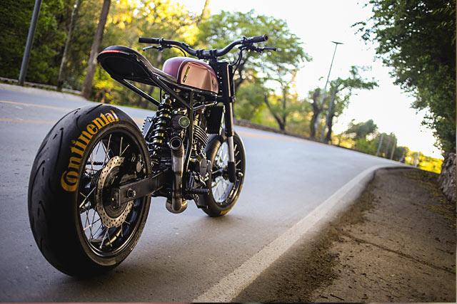 13_11_2017_Honda_XR250_motard_custom_argentina_Pipeburn_custom_09