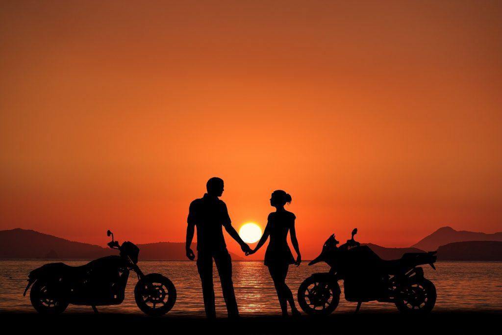 sunset-bikes-4012069_1920
