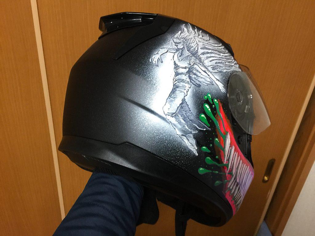 仕上がったお絵描き済みヘルメット②